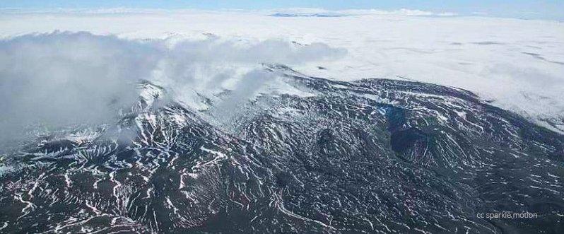 icelenad_volcano_cc-sparklemotion